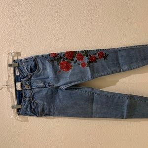 Embroidered Jeans size USA 4